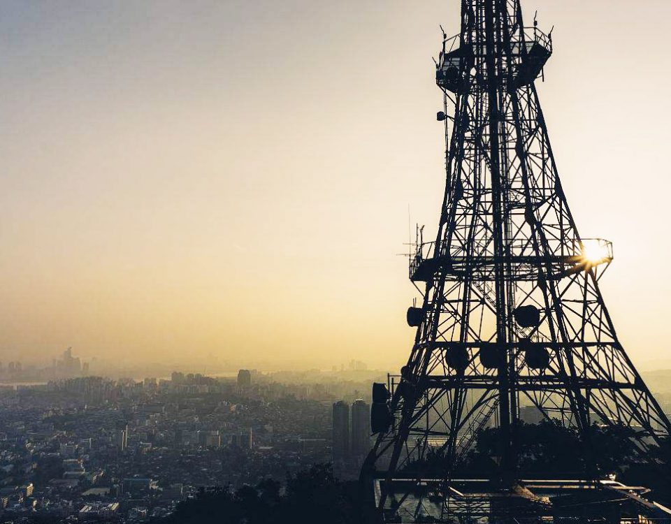 torre de comunicación celular