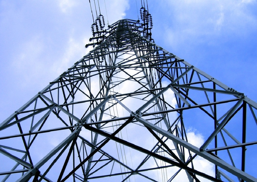ISO 9001 certificated 35KV-500KV High voltage Power transmission line Angular steel tower 10-40M